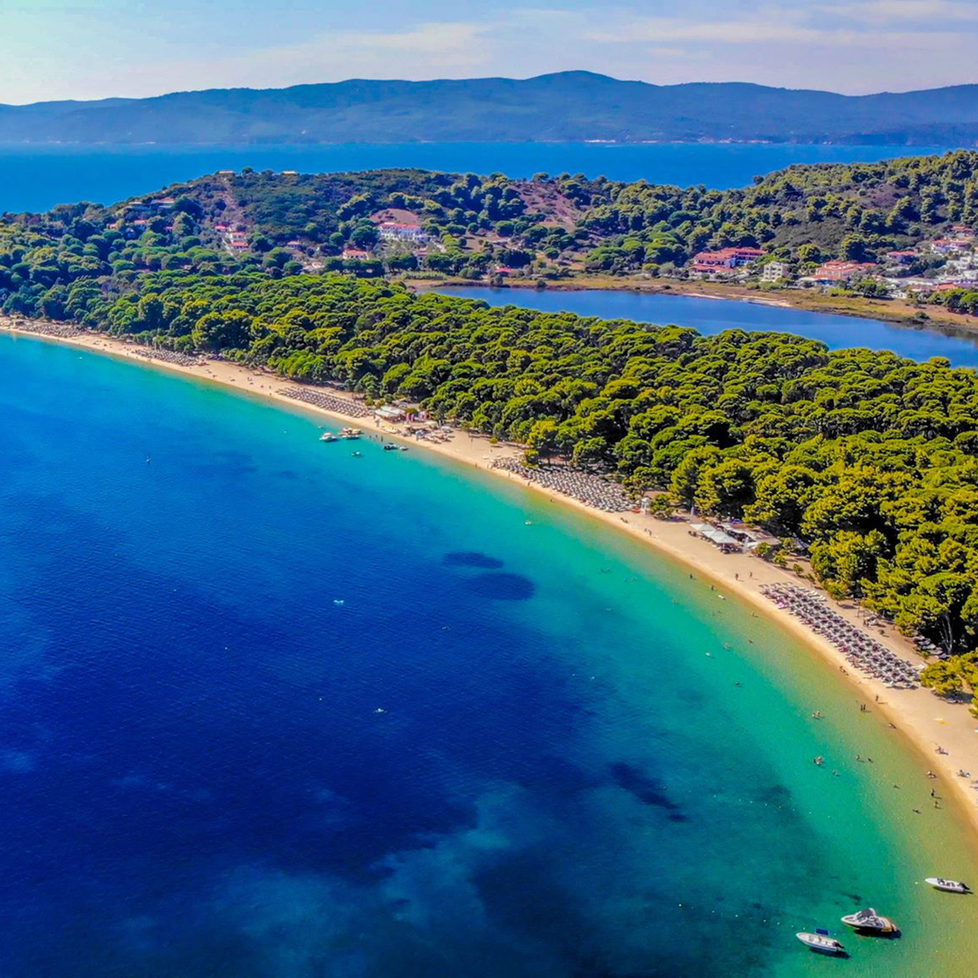 Почивка на остров Евия