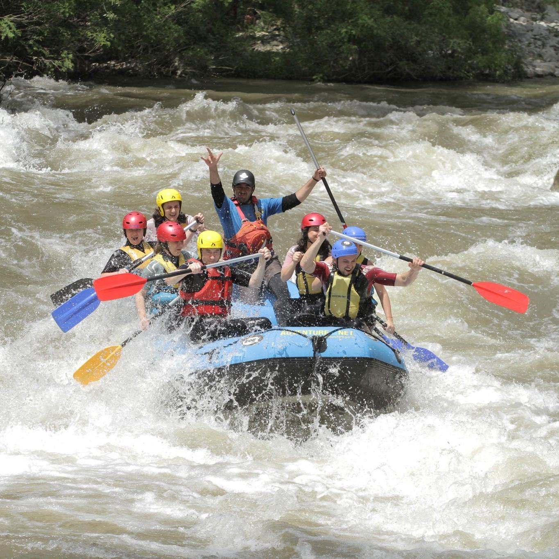 Рафтинг по река Струма с посещение на Лещен, Ковачевица, и гости на баба Дешка